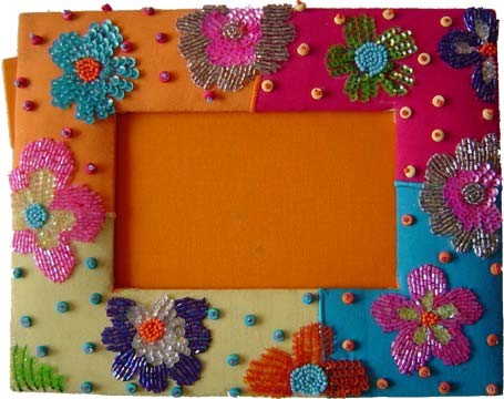 Simple Decorated Photo Frames | Creative Arty